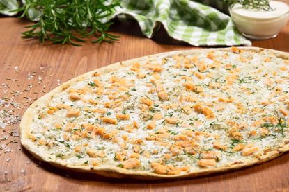 Flammkuchen Traditionell, Lachs & Dill, oval